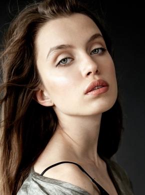 NINA Loviskova